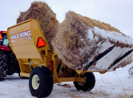 Bridgeview - Bale King 8200 square bale processor