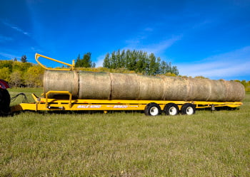 Bridgeview - Bale King BR820 load