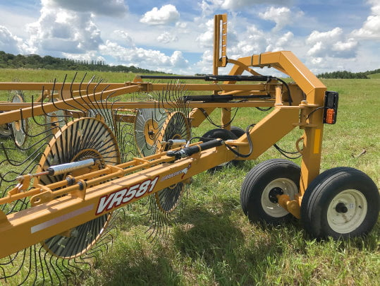 Bridgeview - Bale King hay rake windrow width