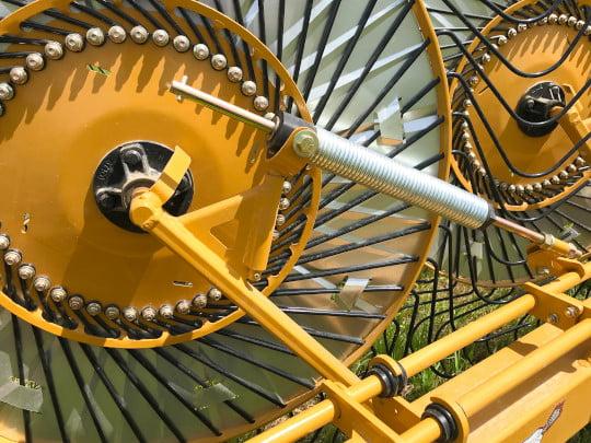 Bale King - VR581 rake suspension